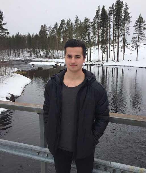 Kevin Åhman, 19, är utbildad undersköterska, och började direkt med hjärt- och lungräddning.