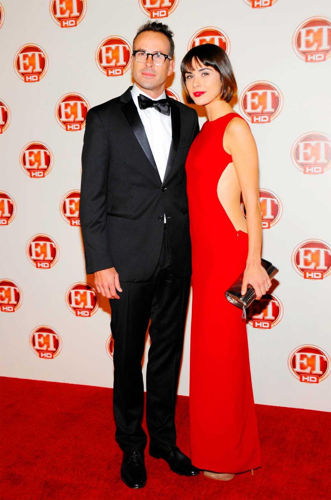 Jason Lee och Ceren Alkaç har fått ett litet barn.