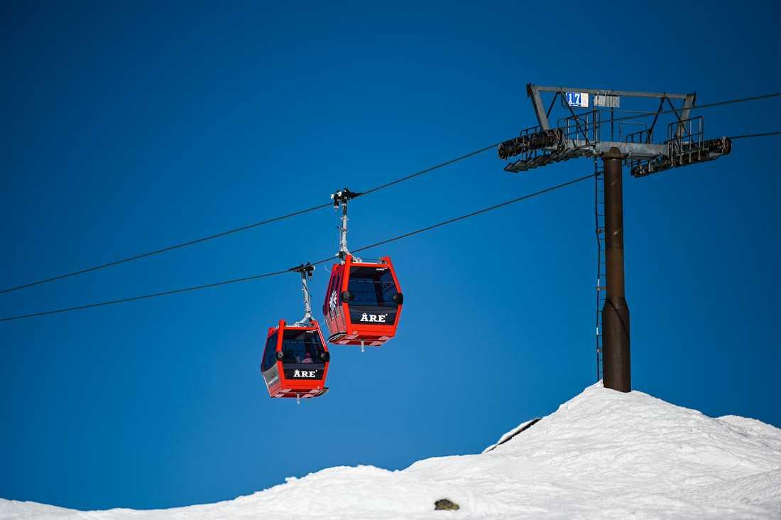 Gondolliften i Åre har redan stängts för att minska risken för coronaspridning. Åre, Sälen och Vemdalen är populära destinationer för skidåkare under påsken.