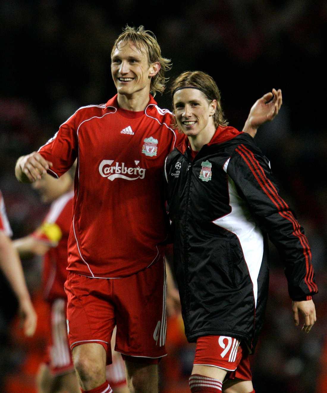 Samy Hyypiä tillsammans med Fernando Torres under tiden i Liverpool