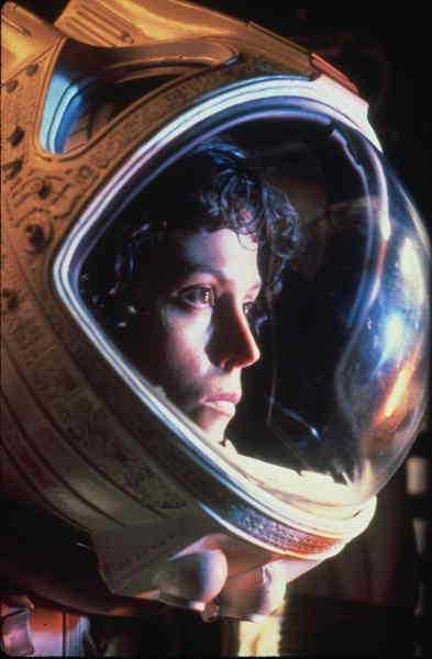 """""""Alien"""" (1979) Regi: Ridley Scott – Originalet och den i särklass bästa Alien-filmen. Hyllades av både kritiker och biopublik."""