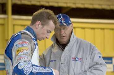VMS stjärna Rune Holta och sportchefen Bosse Wirebrand undrar vad som gick snett.
