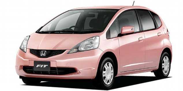 En rosa bil får de flesta män att vända på klacken...