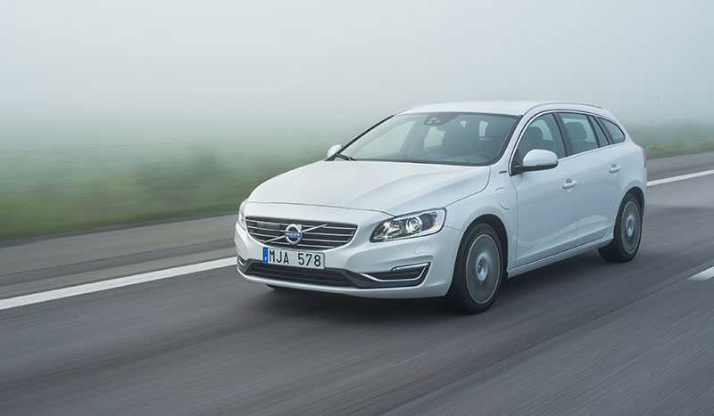 Volvo V60 plug in-hybrid var tidigare landets mest sålda laddhybrid, men sen kom...