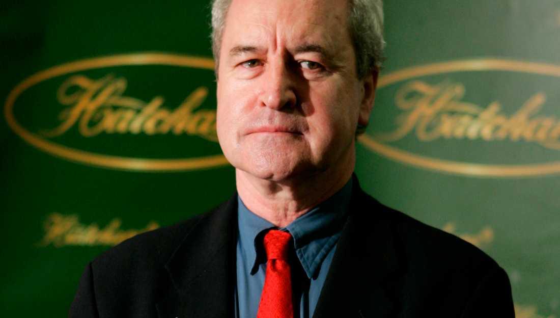 Författaren John Banville fick felaktigt beskedet att han tilldelats Nobelpriset i litteratur på telefon. Nu utreder Svenska Akademien om samtalet kom från dem.