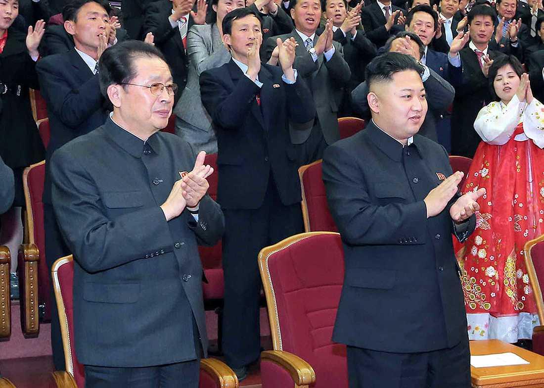 Jang Song-Thaek var Kim Jong-Uns farbror och högra hand. Nu har han avrättats.