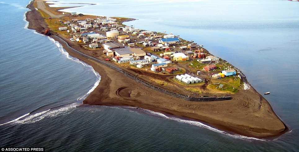 Ön Kivalina har 400 invånare – som måste flyttas.