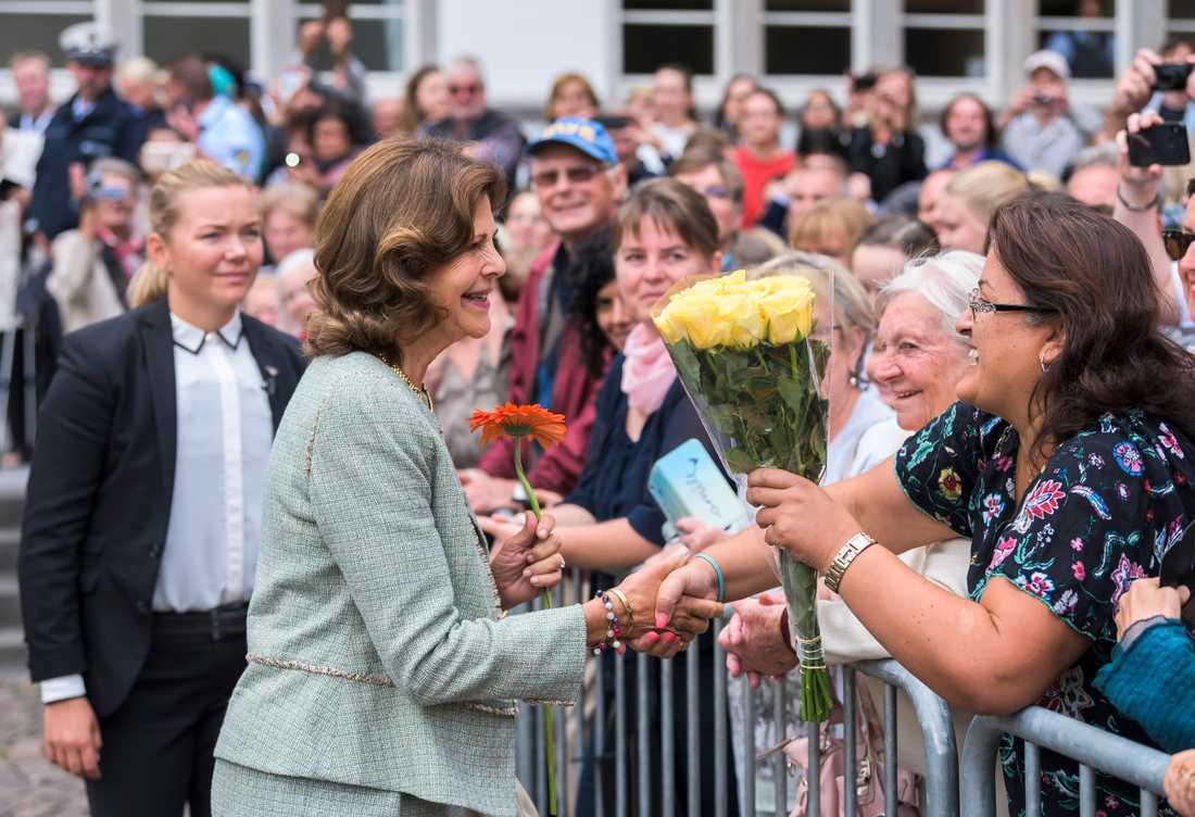 Drottning Silvia fick ett varmt mottagande i sin hemstad Heidelberg.