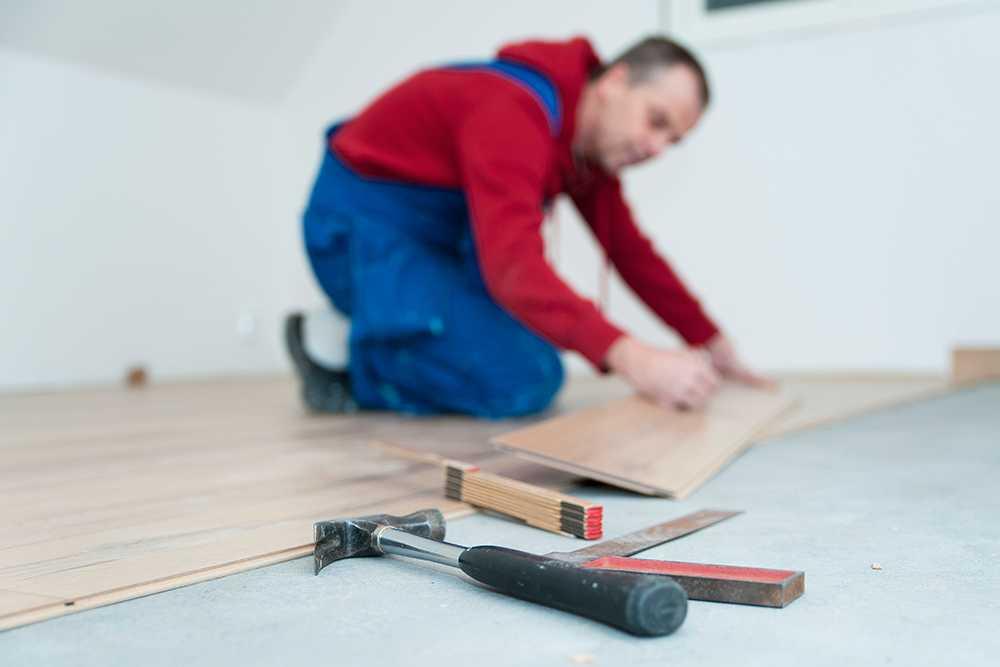 Det är viktigt att du kollar upp din hantverkare innan ni skriver avtal.