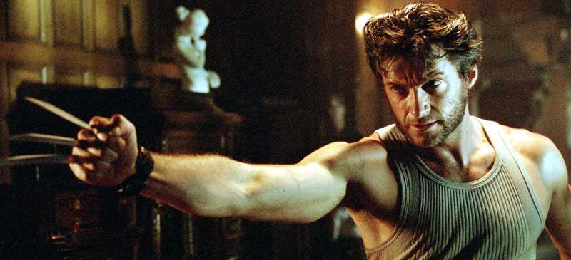 """Fox egen filmkritiker uppges ha fått sparken efter att ha recenserat en läckt råkopia av filmen """"Wolverine"""" som florerar på nätet."""