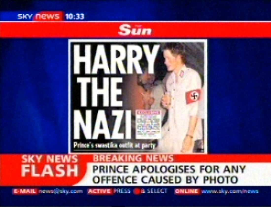 Prins Harrys maskeradkläder skapade stora rubriker i Storbritannien 2005.