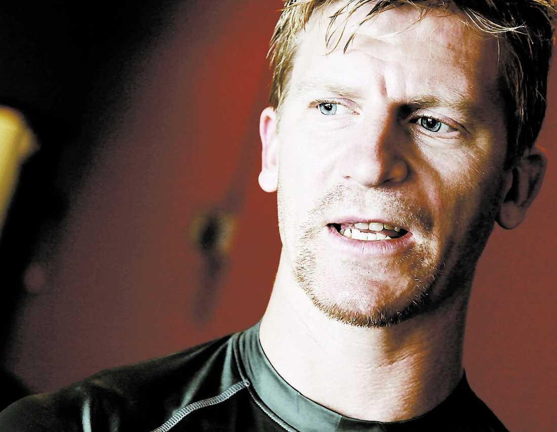 """Poänglös Per-Johan Axelsson har inte blivit det lyft som Frölunda hoppats på. """"Jag visste att det skulle bli svårt"""", säger han till Sportbladet."""