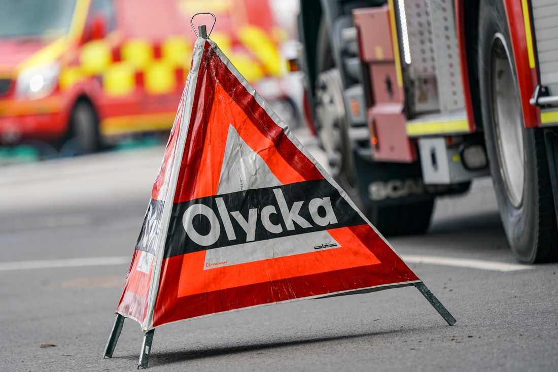 En man hittades död vid en motorcykel en bit från riksväg 40 öster om Eksjö. Arkivbild.