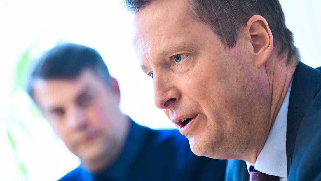 Malmös kommunalråd Andreas Schönström (S) och Anders Ygeman (S) presenterade under måndagen åtgärder för ett nationellt avhopparprogram.