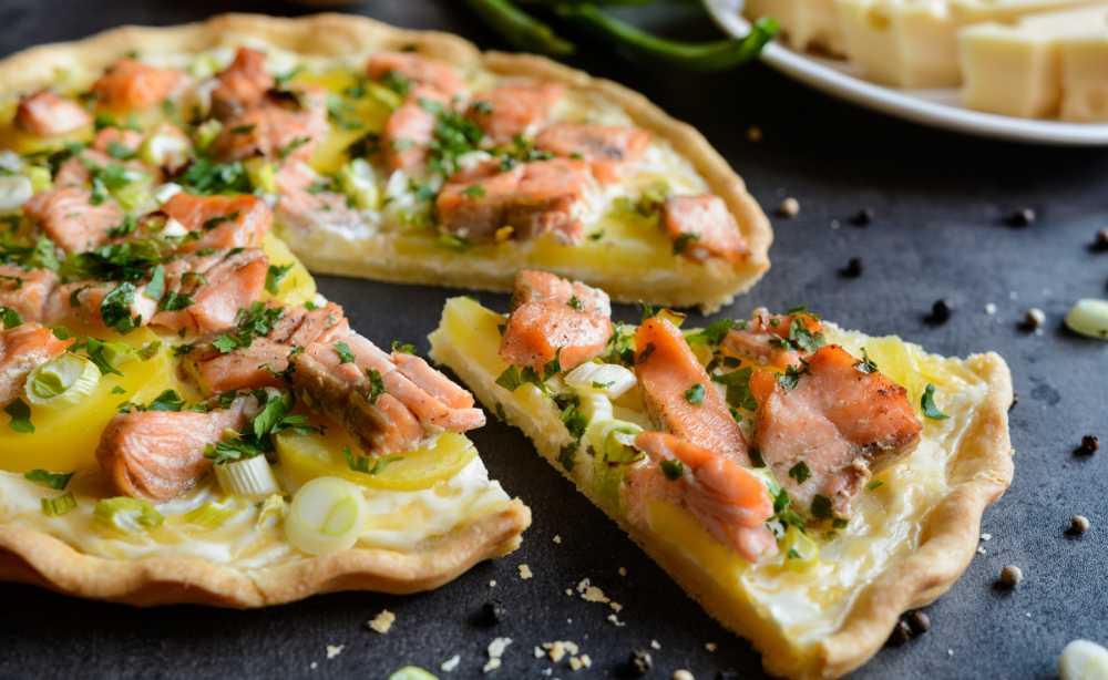 Laxpaj – med potatis och purjolök.