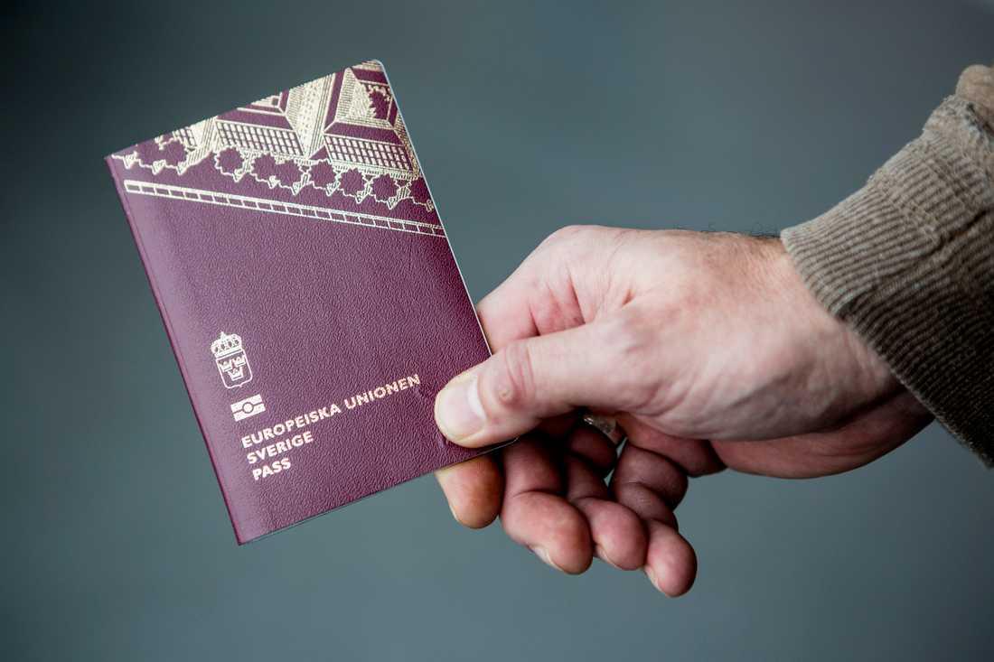 hur länge tar det att få pass