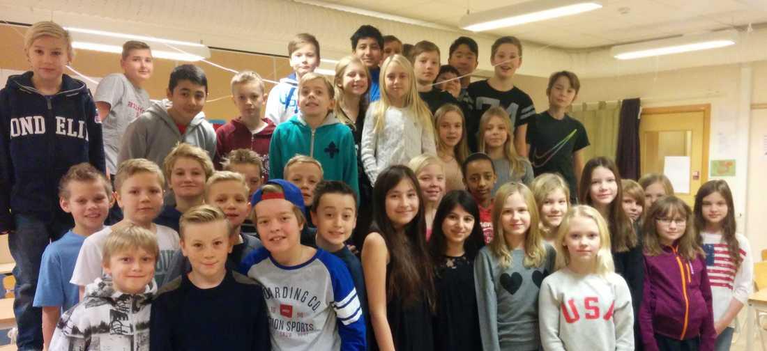 Klass 5A och 5B på Edboskolan i Huddinge.