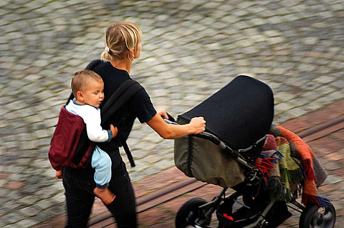 Svenska mammor har svarat på frågor om deras tankar och känslor inför mors dag.