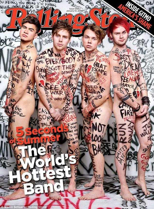 Pojkbandet 5 Seconds of Summer näckar på omslaget till Rolling Stone.