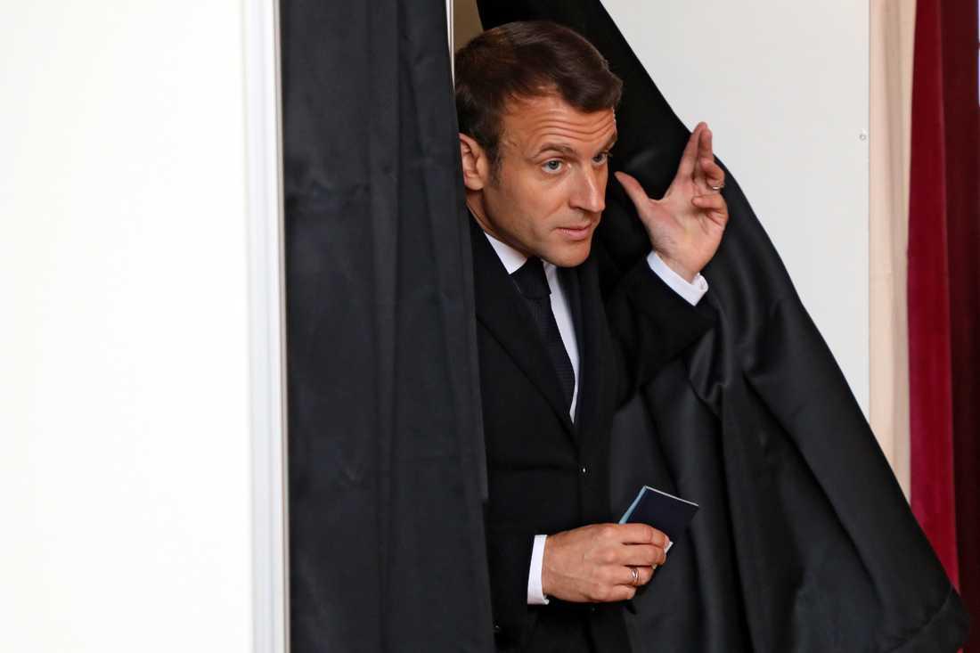 Emmanuel Macron förlorade matchen mot de högerpopulistiska.