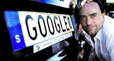 "Joakim Jardenberg ville ha ""Google"" på sin registreringsskylt, men skylten stoppades av Google."