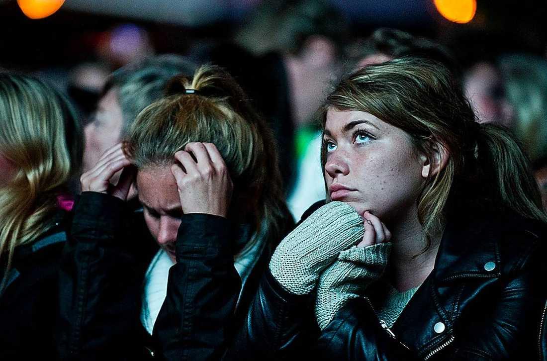 Publiken fick vänta länge på Rihanna.