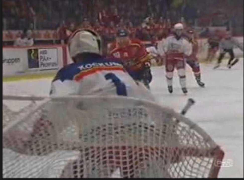 Ett trick som Peter Pekka Lindmark gjorde på 90-talet när Luleås Johan Rosén kom fri.