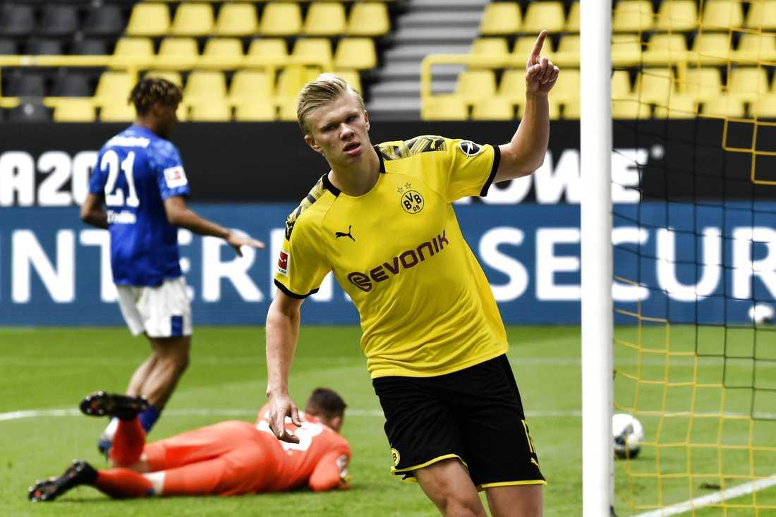 Dortmunds Erling Braut Haaland efter att ha gjort mål mot Schalke. Arkivbild.