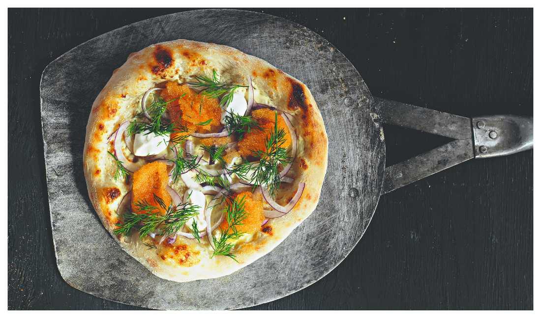 Lyxig pizza med löjrom