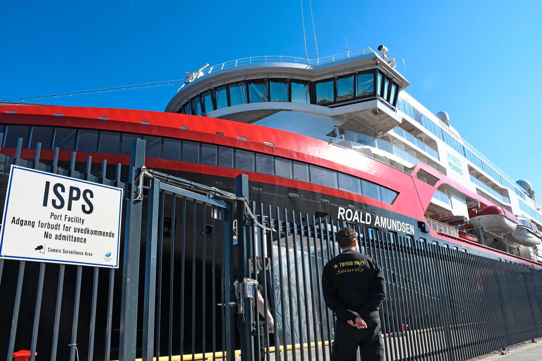 60 Hurtigruten-passagerare fast i Tromsø