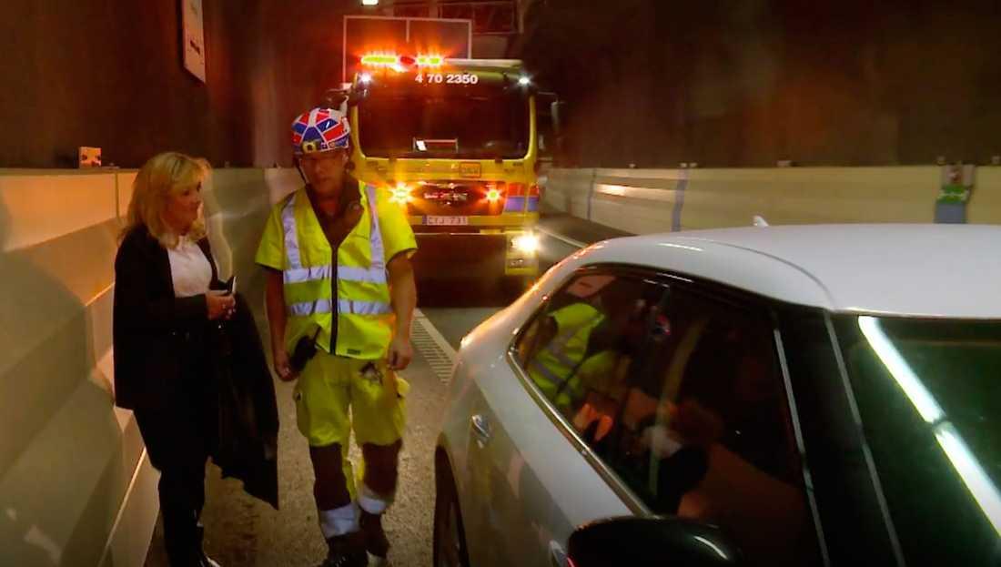 Malou von Siver fick ett plötsligt motorstopp och fick bärgas ut från tunneln.