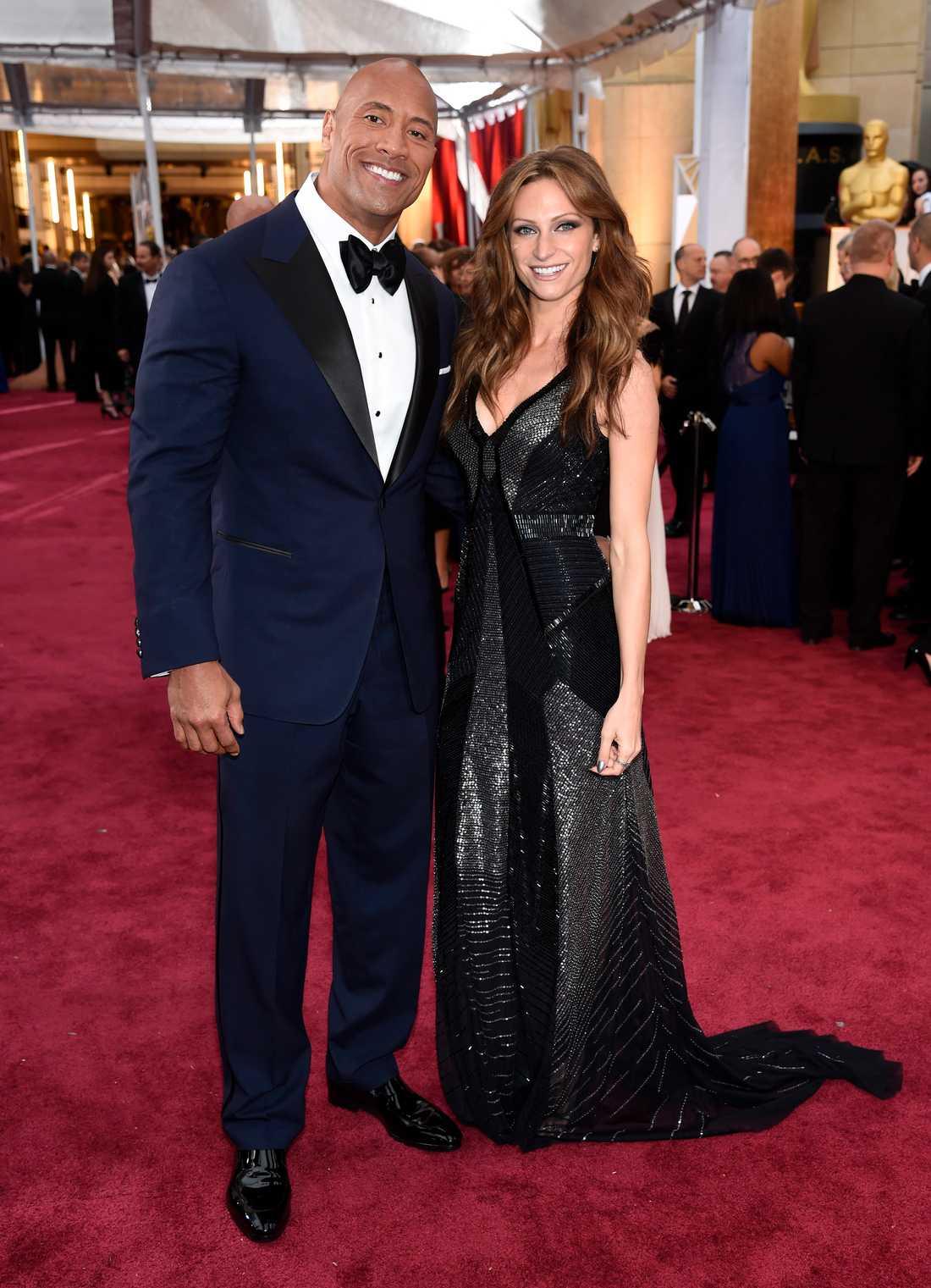 Dwayne Johnson och Lauren Hashian.