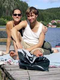 """Reslust """"Det klickade redan i baren i Milano"""", säger Klas. I dag är han och Anna ett par."""