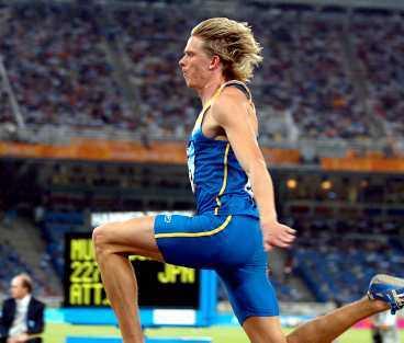 Olsson skadade sig i Aten.