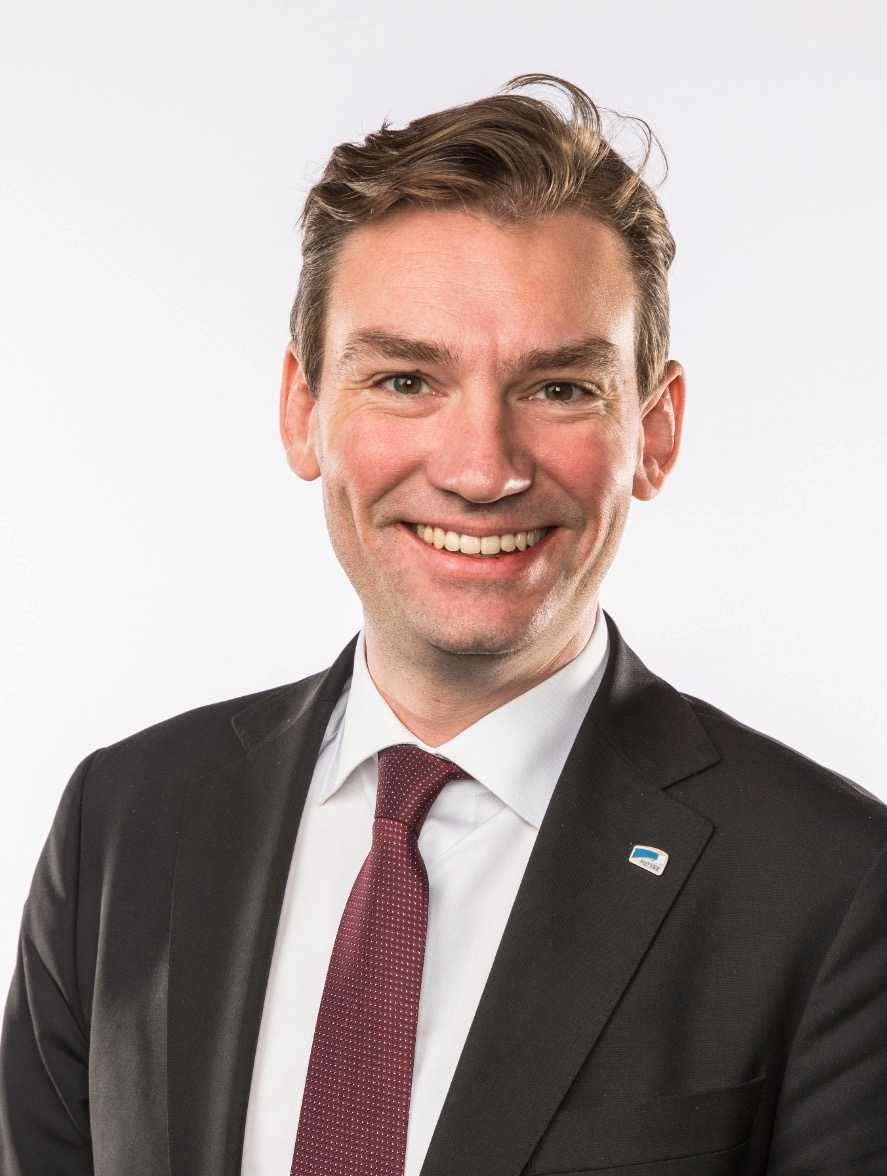 Henrik Asheim, ledamot i stortinget (Høyre) kritiserar Anders Ygeman (S).