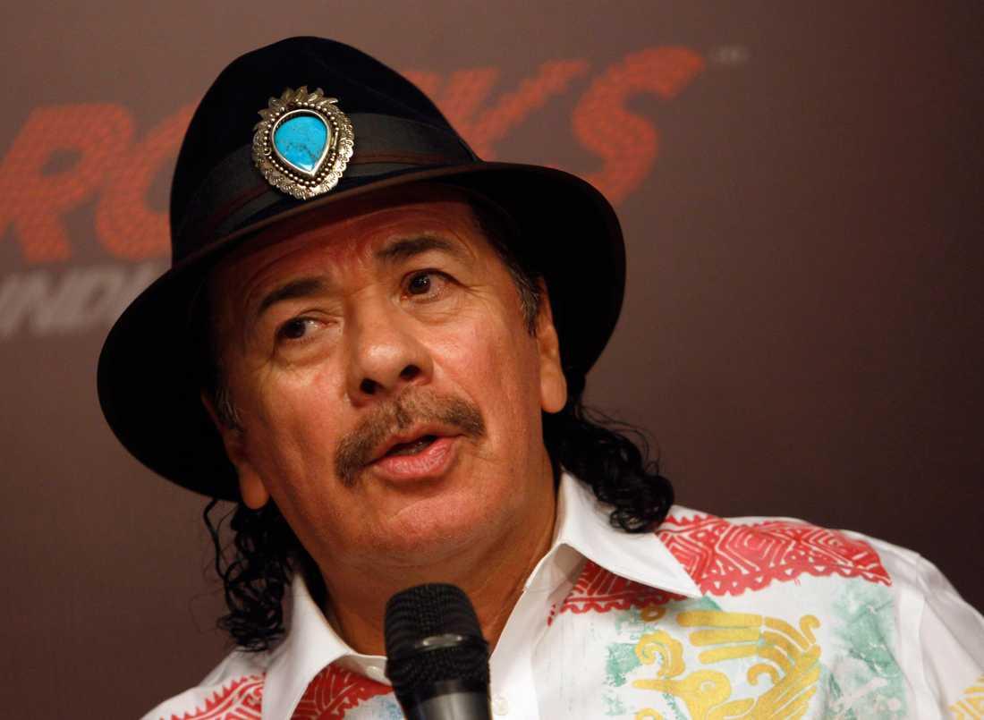 Carlos Santana kritiserade Beyoncé. Nu ber han om ursäkt