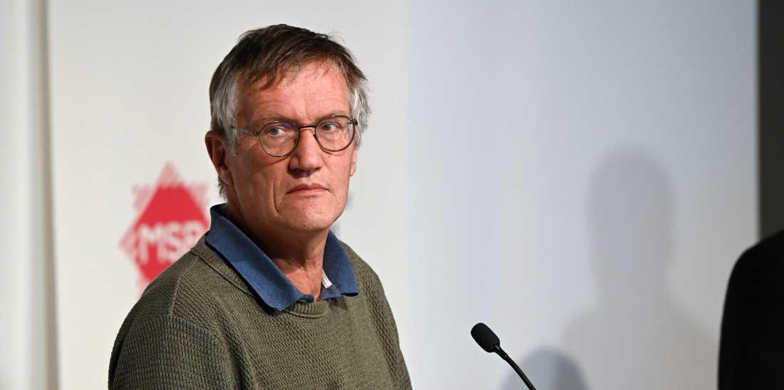 Anders Tegnell och FHM verkade tagna på sängen när viruset spreds på äldreboenden och i områden med stor trångboddhet.