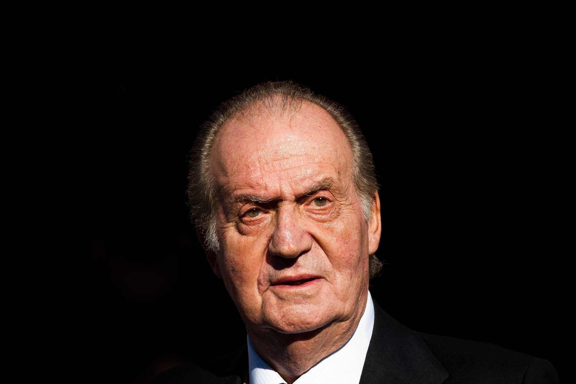 Spaniens tidigare kung Juan Carlos bör bli föremål för en parlamentarisk utredning, anser vänsteralliansen och regeringsparten Podemos, efter en medieuppgift om en utredning i Schweiz. Arkivbild från 2015.