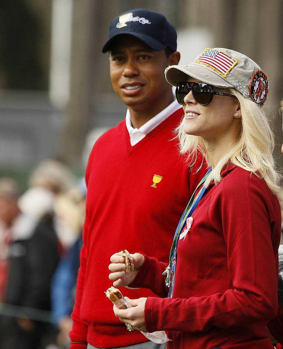 """Elin Nordegren säger till tidningen People att hon är nöjd med sitt liv och hon utesluter inte fler barn med sin nye man. Om exmaken Tiger Woods säger hon: """"Vår relation kretsar kring barnen. Vi har det bra. Vi har faktiskt det""""."""