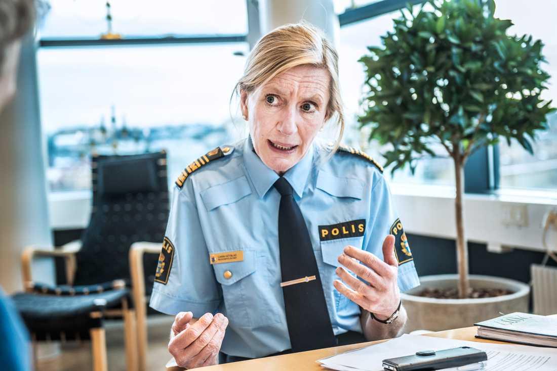 Carin Götblad, regionpolischef Mitt.