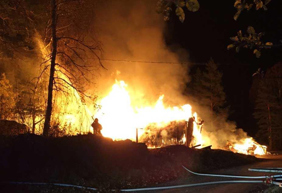 Ett barnkollo som planerades att användas som asylboende brändes ner i närheten av Eskilstuna 23 oktober.