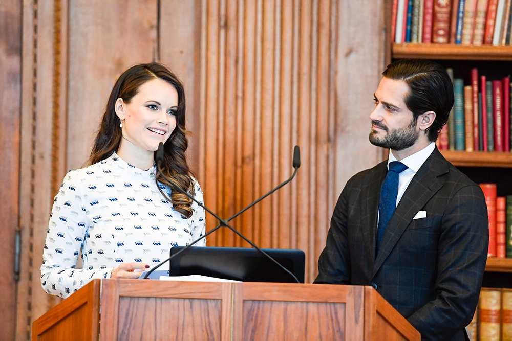 Prinsessan Sofia och prins Carl Philip har två hjärtefrågor som de jobbar med i sin stifelse – dyslexi och näthat.