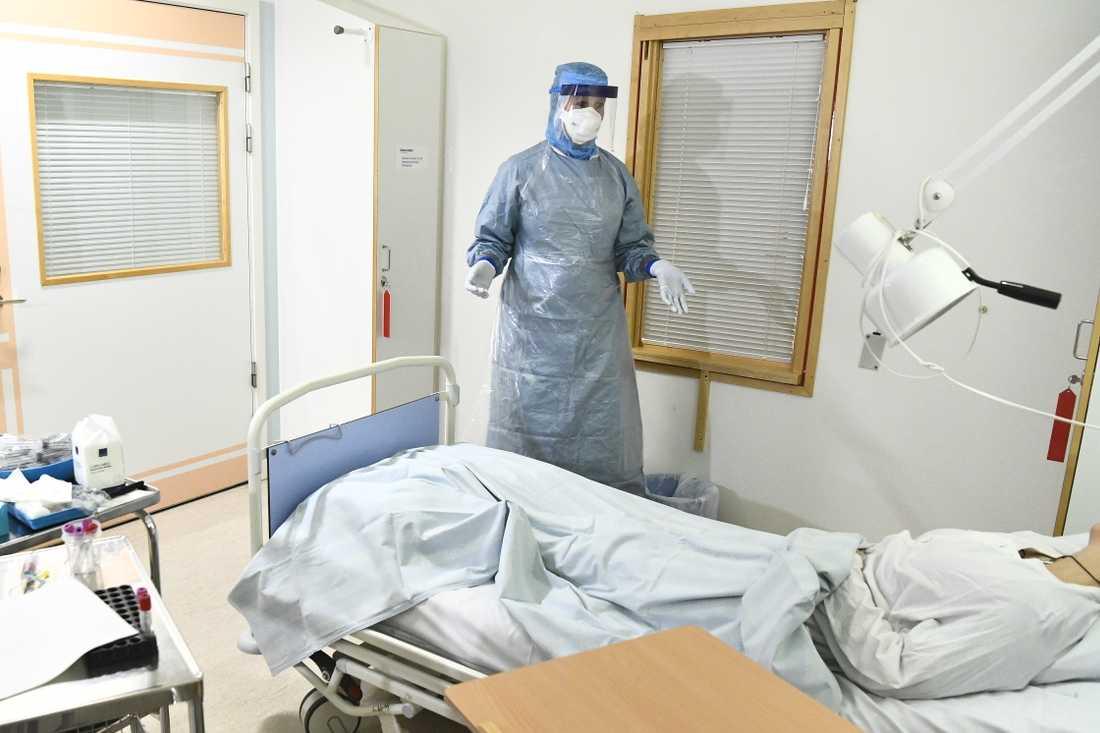 Högisoleringsrum på infektionskliniken på Karolinska i Huddinge.