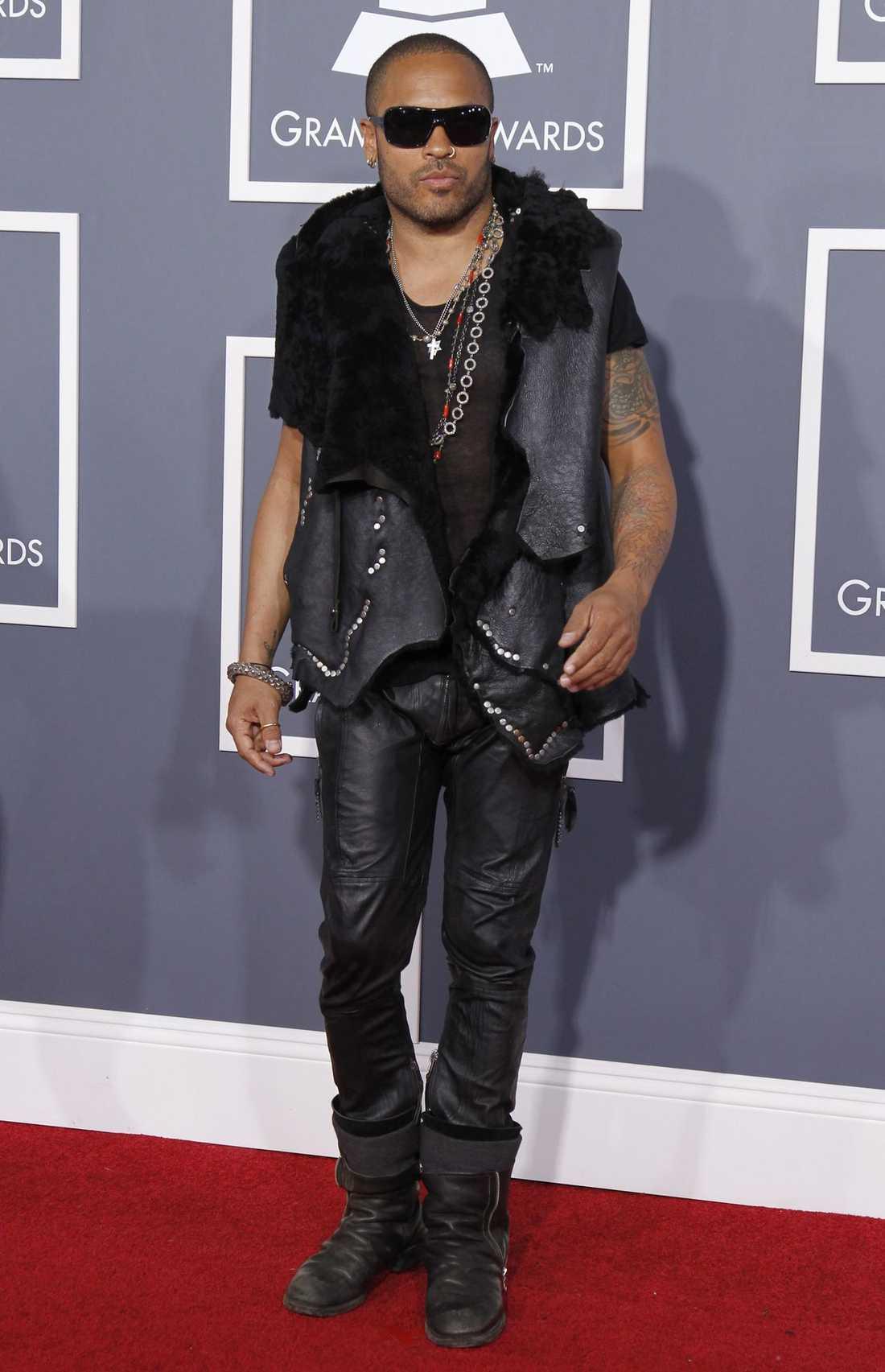 Lenny Kravitz var rockigt cool i skinn.
