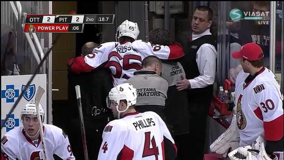 Kort efter att Karlsson hjälpts av isen kom mer information om hans otäcka skada – stjärnan är nu borta på obestämd tid.
