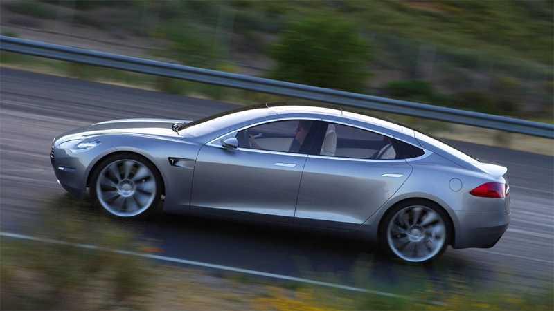 Teslas nya crossover baseras på sedanen Model S (bilden).
