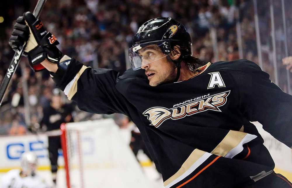 Den här säsongen, som ser ut att blir Selännes sista i NHL, gjorde han 27 poäng på 64 grundseriematcher.