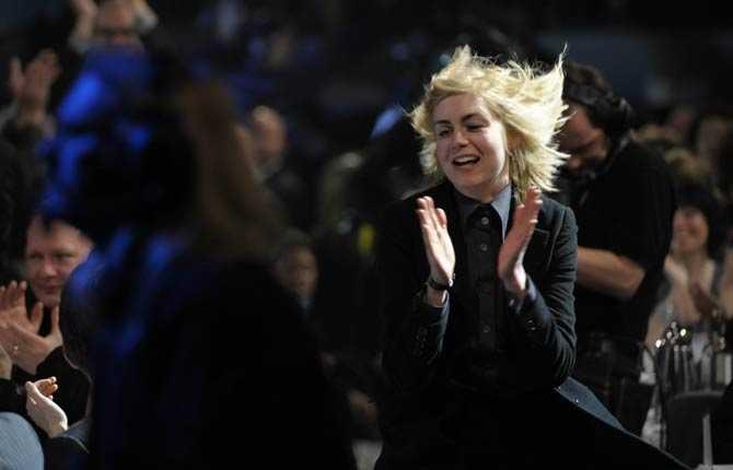 Så här glad blev Anna Ternheim när hon vann pris som Årets kvinnliga artist.