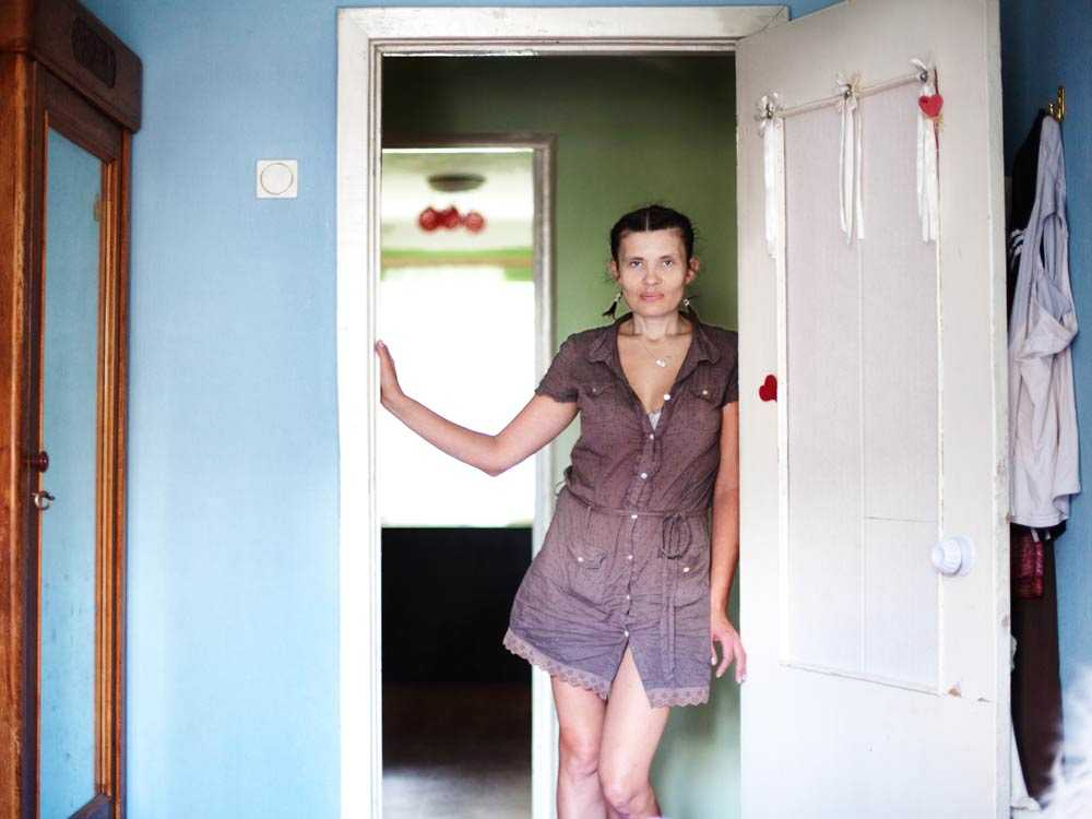 """""""Jag har ingenstans att ta vägen"""", berättar Svetlana, som lever tillsammans med en man som misshandlar henne."""