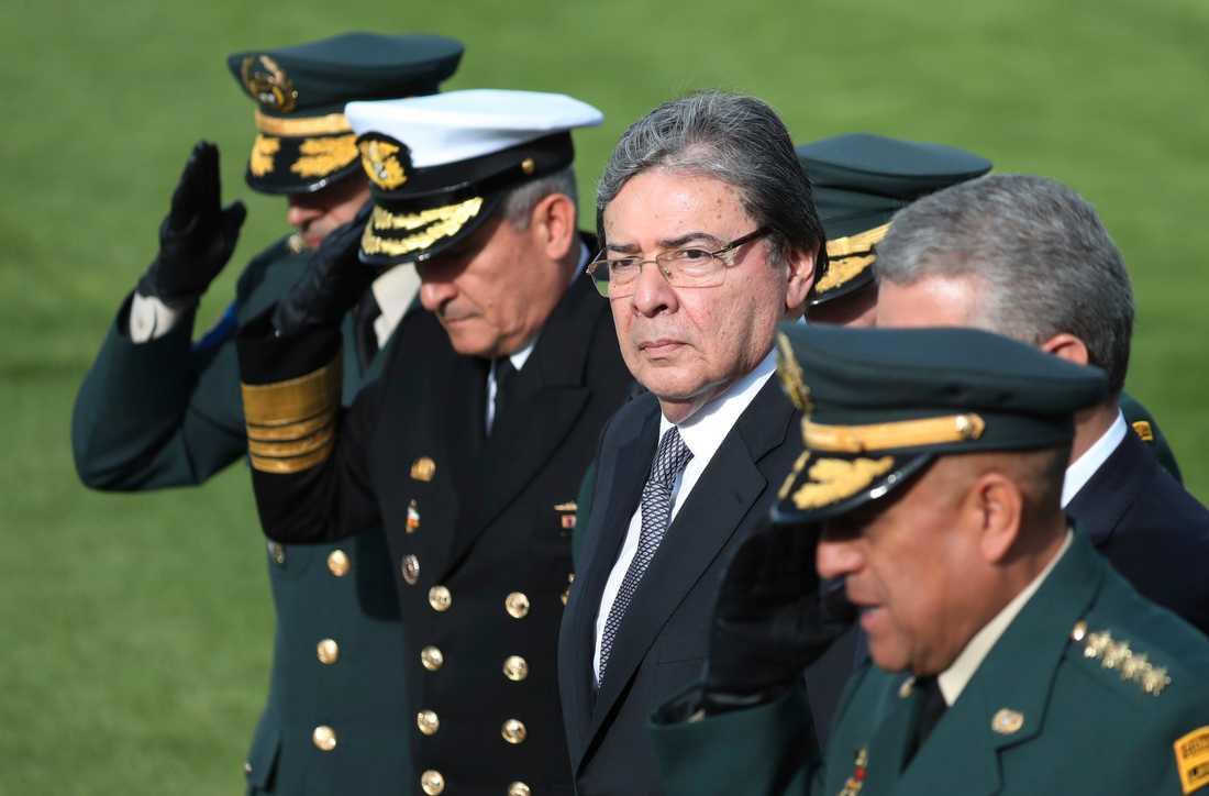Colombias försvarsminister Carlos Holmes Trujillo under en militäruppvisning i november 2019.